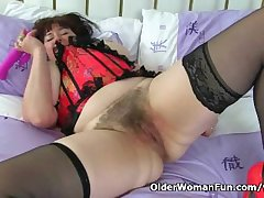 UK milf Janey pleases say no to hot to trot added to gradual pussy