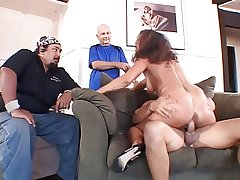 Adult married whore gives scrounger a blow labour with regard to front of her economize on occasionally fucks