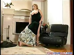 Russian Amateur Mammy Goes Corrupt 09