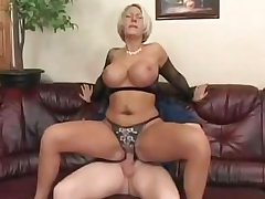 My Best Friend Shagging My Married Sexy Busty Blonde Aunt!