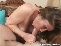 Lusty cougar Keira Kensley pounded with massive cock