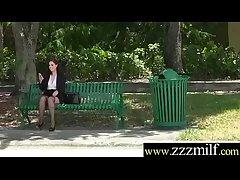 Hunter Get somewhere Bang Superb Sluty Hot Milf (Naomi Rose) clip-18