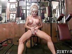 Mandy K - Mature Sexy Muscle