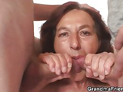 Unruly granny swallows team a few young dicks