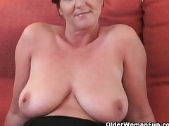 British granny Joy spreads her fuckable pussy