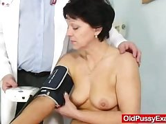Unshaven housewife Eva visits gyno medico fuck hole authentication