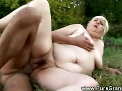 Fat granny banged by the vampire