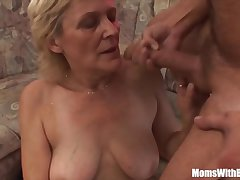 Peaches Aged Materfamilias In the air Stockings Shaved Pussy Fucked  HD