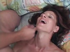 MILF Linda Roberts fucks younger supplicant