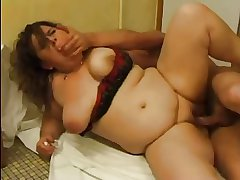 FRENCH Full-grown n51 anal bbw matriarch nearby younger chap