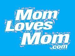 Experienced milf homoerotic moms knick-knack many times rotation