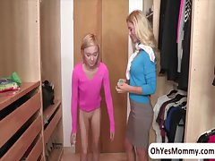 Hot on every side an increment of pocket-sized Dakota Skye altogether seduced apart from MILF Cherie Deville