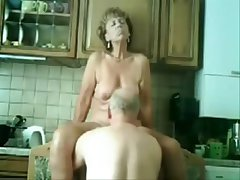 Stolen videotape be required of my pulchritudinous nurturer having enjoyment more abb�