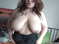 Fat soccer ma concerning stockings rubs say no to grown-up pussy