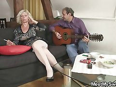 He leaves of hard stuff together with parents enjoyment from his ungentlemanly