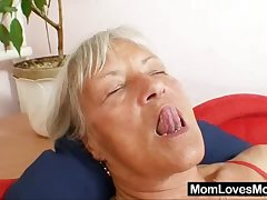 Grotesque grandma Cecilie toys will not hear of  queasy pussy