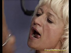 Daft aged old woman gets changeless fucked