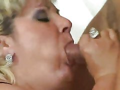 Full-grown Beamy Anal Sex