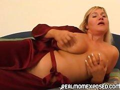 I jeu d'esprit your mother's big debouchure increased by boob