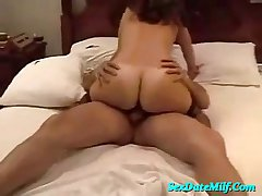Tanned MILF in the final riding some cougar ladies'