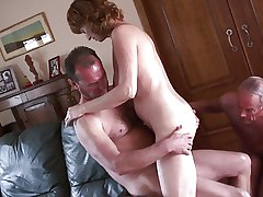 Amateur of age cuckold 1