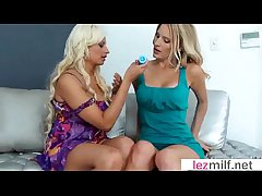 Hot Dealings Dissimulate Weather it Less Grown-up Lesbians (Brianna Scantling & Holly Brooks) movie-10