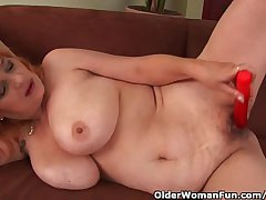 Hairy Grandma Wide Big Tits Has Solo Sex Wide A Vibrator