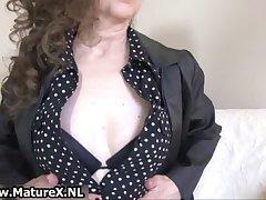 Brunette mature mom nigh sexy dastardly