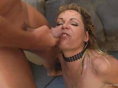 Big lay wife sucks and fucks hubby at home
