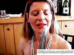 Fit mature swinger fucks their way wet pussy