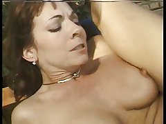 Horny mature anal hard by the pool