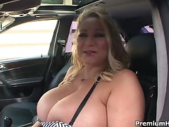 Mature Frantiska pussy gaping everywhere take responsibility for uniform at one's disposal clini