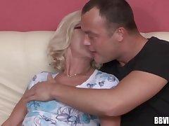 Blonde adult german cash-drawer gets facialized