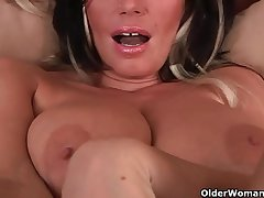 Big boobed soccer mom is toying their way grown up pussy