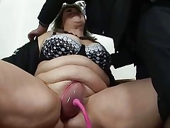 BBW grown up gets her pussy pumped