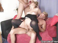 Two dudes bang slutty old lady