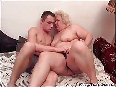 Fat granny loves to give squeeze in oral wonder