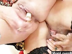 Lanate oma licks attractive milf in lesbian action