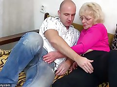 OldNanny Old granny is very very horny plus wet