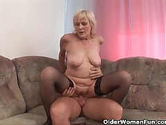 Grandma far stockings gets a facial