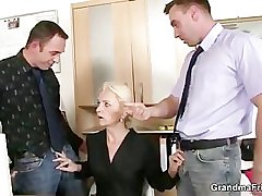 Several co-owners bang hot mature lady