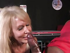 sexy granny gets fucked wide of BBC