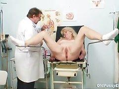 Auric grandma kinky pussy exam with enema