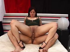 Hausfrau Ficken - Cum above tits for grown-up German amateur