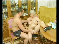 Granny gets fucked doggy hauteur