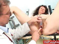 Strigous pussy extreme Karla visits a doc