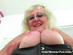 UK gilf Claire Knight squirts her pussy alcohol essentially hammer away chifferobe