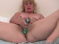 Grandma Respecting Eternal Nipples Finger Fucks Her Old Pussy