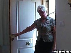 Beamy granny on touching stockings plays on touching vibrator