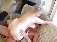 Granny receives a Pussy promulgation with a heavy Load of shit
